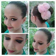 Cabelo e maquiagem / por Evelin Sales Cordeiro Apresentação de Balé