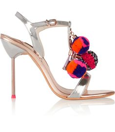 Os pompons est?o IN http://shoecommittee.com/blog/2015/9/8/os-pompons-esto-in