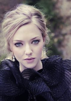 Vanity Fair December 2012, Amanda Seyfried Photography: Simon Emmett Styling: Hannah Teare