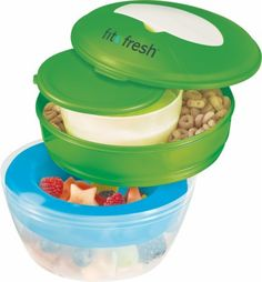 Do you frequently eat breakfast on the go? With the Fit and Fresh Start Breakfast Chiller, you can make your breakfast something nutritious and satisfying to co