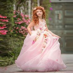 2017 Cute Pink Flower Girl Dress Dreamlike 3D Floral Ball Gown First Communion Dress Chiffon with Tulle Pretty Prom Party Gowns