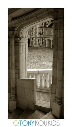 World Travel Photography Loire Valley, Renaissance Architecture, Medieval Castle, Travel Photography, Bathtub, France, World, Standing Bath
