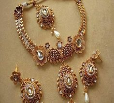 #Bridal #jewellery on #rent in #India by visit #theweddingmall . Here's you can find many store, which provides the best #bridal #jewellery on rent in #India.