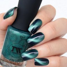 A luring deep emerald green magnetic polish that will truly hypnotize your nails. Collection: Precious Stones Gorgeous nails by yagala, lakkomlakkom, and paulinaspassions Nail Art Designs, Winter Nail Designs, Nails Design, French Nails, Gorgeous Nails, Pretty Nails, Organic Nails, Nailart, Cat Eye Nails