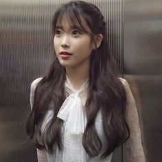 undefined Iu Short Hair, Iu Hair, Short Hair Styles, Korean Girl, Asian Girl, 24 September, Ulzzang Girl, K Idols, Korean Singer