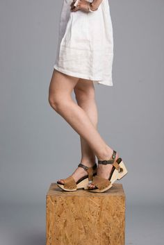 Brown Leather Platform Sandals / Women High by EllenRubenBagsShoes