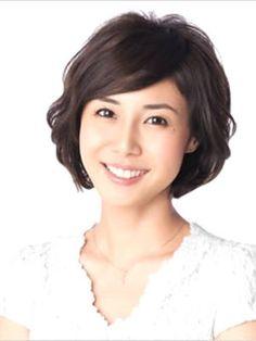 真似したい流し前髪。女優・松嶋菜々子さんの髪型参考一覧です。