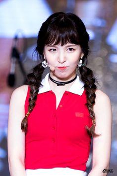 Wendy #kpics #kpop #sweetgirls #lovethem #love #unsensored #girls #sweet #sexygirls #selfie #women Park Sooyoung, Seulgi, South Korean Girls, Korean Girl Groups, Wendy Red Velvet, Fandom, Cute Korean, Sweet Girls, Cute Hairstyles
