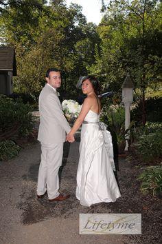 LPV Wedding: Brittany & Braulio. Gray, neutral wedding