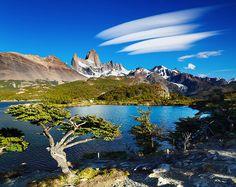 Il monte Fitz Roy è una delle due cime -insieme al Cerro Torre- più pittoresche dell'Argentina.