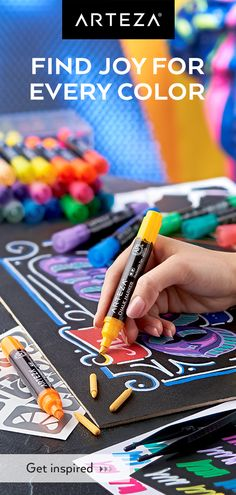 Enjoy a wide variety of unique colours with a liquid chalk marker set that includes 26 bright colours and 16 earth-toned hues. Chalkboard Markers, Chalkboard Art, Chalk Artist, Liquid Chalk Markers, Finding Joy, Elementary Art, Crafts To Do, Art Techniques, Art Tutorials