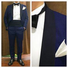 新郎衣装|カジュアルなネイビータキシードでお色直し : 結婚式の新郎衣装に関するお話|カジュアルウェディングまとめ