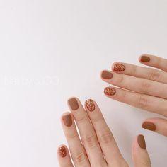 57 pretty and inspiring nail art designs for short nails Related Matte Nails, Pink Nails, Hair And Nails, My Nails, Self Nail, Korean Nail Art, Minimalist Nails, Dream Nails, Stylish Nails