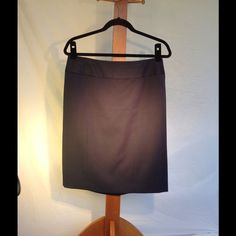 SALE:Very Black Panel Twill Pencil Skirt - stretch NWOT Anne Klein poly/rayon/spandex twill. 3 panel front, back darts and hidden zip and hook plus kick pleat.  Fully lined.  Perfect condition.  The professional's workhorse of a skirt if ever there was one.  Navy.  L 22 Anne Klein Skirts Pencil