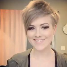 Best Views About Short Pixie Hairstyles - Frisuren Latest Short Hairstyles, Short Pixie Haircuts, Pixie Hairstyles, Cool Hairstyles, Bangs Hairstyle, Hairstyle Ideas, Layered Hairstyles, Haircut Styles For Women, Short Haircut Styles