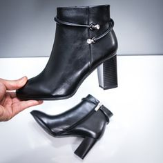 Botine dama cu toc negre Sacaria Lei, Booty, Casual, Shoes, Fashion, Swag, Zapatos, Moda, Shoes Outlet