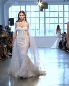 Stunning Strapless Sweetheart Mermaid Wedding Dress / Bridal Gown with a Train. Spring Summer 2020 Bridal Couture Collection (NYBFW) by Berta