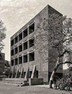 Louis Kahn - Indian Institute of Management, Ahmedabad (1970)