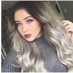 """Sliver stunner @ohmygeeee✨ getting ready to turn heads in her #BELLAMISterlingSilverSamantha 240G 24"""" set! Craving the perfectly toned Silver hue?! Use code 'ohmy5' to save on your set! Shop www.bellamihair.com for your set now! Hurry, we'll be waiting for you #TEAMBELLAMI #BELLAMIHair #BELLAMIMOVEMENT #WeaveWokenYouUP"""