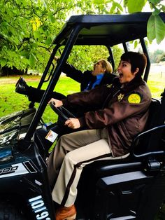 Just a day in the life of #SheriffDonna and #SheriffJody ;) BTS of season 10