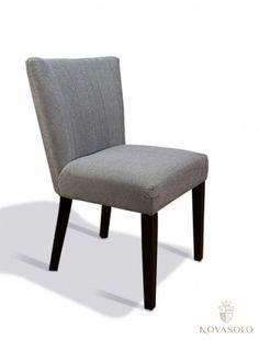 Lekker+og+delikat+Royal+spisestol+i+blågrå,+god+sittekomfort+og+håndtak!+Se+prisen!Mål:Høyde+86+cmBredde+57+cmDybde+62+cmSittehøyde+ca+47+cmFarge:Blågrå+(se+bilder)Varenummer:690271Varen+krever+enkel+montering.