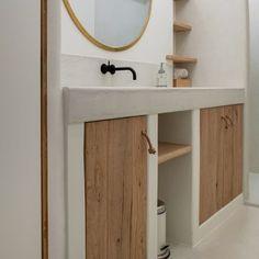 Interior Stairs, Bathroom Interior, Home Organisation Tips, Concrete Interiors, Adobe House, Tadelakt, New Toilet, Prefab Homes, Minimalist Home