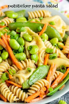 Recipes Winter A summer classic with a twist, Potsticker Pasta Salad is loaded with healthy vegetables and topped with toasted sesame dressing. Healthy Vegetable Recipes, Healthy Vegetables, Easy Healthy Recipes, Vegetarian Recipes, Easy Meals, Vegetable Pasta, Pasta With Vegetables, Delicious Recipes, Edamame Pasta