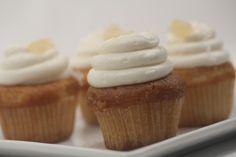 Piña Colada - #cupcakes #eddascakes - http://eddascakes.com