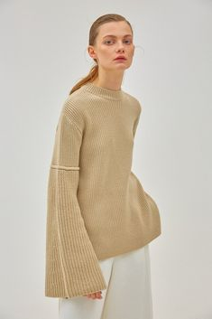 Iven Sweater