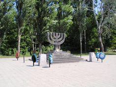 Babi Yar Memorial - Kiev .