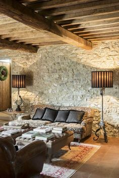 Stefano Scatà Food Lifestyle and Interiors photographer - Country house in Riparbella innenarchitektur wohnzimmer Stone Interior, Interior And Exterior, Interior Design, Design Interiors, Old Stone Houses, English Country Decor, Rustic Interiors, Home And Living, House Plans