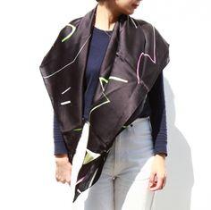 スカーフ「Light」(Lサイズ) - CINRA.STORE - iPhoneケース,雑貨,ファッション,文房具,プレゼントのショッピングサイト