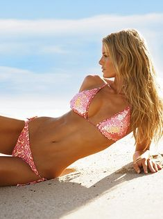 Love the hair and bathing suit!
