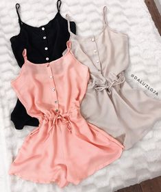 Swans Style is the top online fashion store for women. Shop sexy club dresses, jeans, shoes, bodysuits, skirts and more. Lazy Outfits, Teen Fashion Outfits, Sporty Outfits, Teenager Outfits, Cute Summer Outfits, Stylish Outfits, Girl Outfits, Cute Outfits, Mode Rockabilly