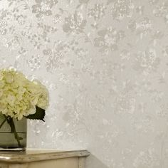 Metallic wallpaper from Graham & Brown brings a shine and shimmer to any room. Our gold, silver and embossed wall coverings come in a range of designs. Gold And Silver Wallpaper, Golden Wallpaper, Silk Wallpaper, Cream Wallpaper, Metallic Wallpaper, Flower Wallpaper, Wallpaper Roll, Bedroom Wallpaper, Brown Wallpaper