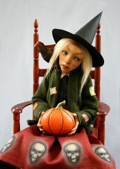 ooak witch by Sheila Bentley of Primdolly