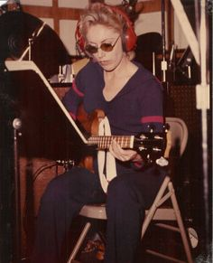 Carol Kaye, longtime studio bass player, and member of the Wrecking Crew. Brian Wilson, Nancy Sinatra, Joe Cocker, Carol Kaye, Music Love, My Music, Les Doors, Studio Musicians, All About That Bass