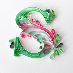 Wow that was a long insta break🙈s for sophie imback quilling quillingart paperart quillingpaperart papercraft paperwork… Ideas Quilling, Arte Quilling, Quilling Letters, Paper Quilling Designs, Quilling Paper Craft, Quilling Flowers, Paper Flowers, Paper Crafts, Alphabet Letters Design