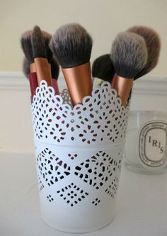 Make up brush storage idea - Ikea Skurar plant pot - Daisy's Days - daisysdays.com