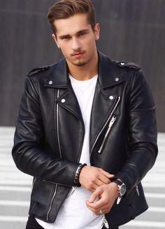 Jackets For Stylish Men. Jackets are a very important component to every man's clothing collection. Men need outdoor jackets for assorted situations as well as some climate conditions. Classic Leather Jacket, Leather Jacket Outfits, Biker Leather, Leather Men, Leather Jackets, Cool Jackets For Men, Warm Jackets, Stylish Jackets, Men's Jackets