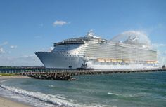 One more photo of the largest cruise ship of the world Allure of the seas