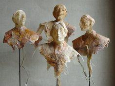 Human Sculpture, Book Sculpture, Paper Mache Projects, Art Projects, Cardboard Sculpture, Paper Sculptures, Folded Book Art, Book Folding, Paperclay