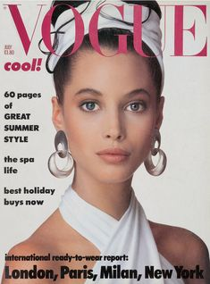 Christy Turlington in Donna Karan, photo by Patrick Demarchelier, Vogue UK, July Vogue Magazine Covers, Fashion Magazine Cover, Fashion Cover, 80s Fashion, Style Fashion, High Fashion, Vogue Fashion, Fasion, Fall Fashion
