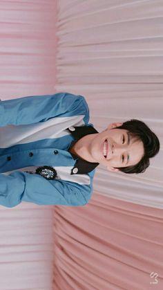 a baby boy bunny i love i stan Nct 127, Kpop, Johnny Seo, Nct Doyoung, Kim Dong, Smile Wallpaper, Sm Rookies, Jaehyun, K Idols