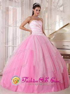 http://www.fashionor.com/Quinceanera-Dresses-For-Spring-2013-c-27.html  2018 Shops Tiered Quinces gowns For petites  2018 Shops Tiered Quinces gowns For petites  2018 Shops Tiered Quinces gowns For petites