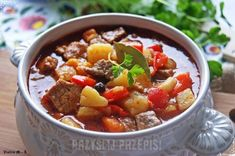 Węgierska zupa gulaszowa Goulash, Pot Roast, Chili, Food And Drink, Cooking, Ethnic Recipes, Kitchen, Thumbnail Image, Impreza