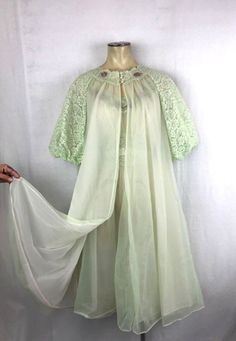 Vtg 50s 60s Vanity Fair NYLON Peignoir 2 pc set night gown robe Mint Green  sz cf5fca940
