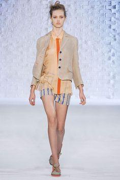 Philosophy di Lorenzo Serafini Spring 2010 Ready-to-Wear Fashion Show