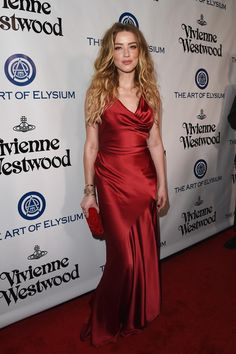 Vivienne Westwood - Style Crush: Amber Heard on the Red Carpet - Photos