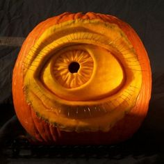 Pumpkin Eye, b cool if u could put a smaller pumpkin as the eye ball so it could move around